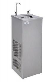 Photo d'une fontaine à eau filtrante et réfrigérante, électrique et raccordée